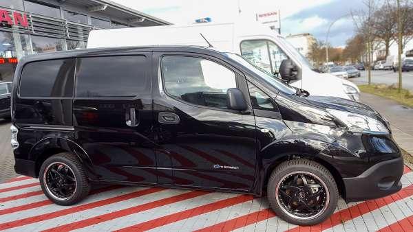 "17"" Komplettradsatz Slider mit Michelin CrossClimate Nissan E-NV200"