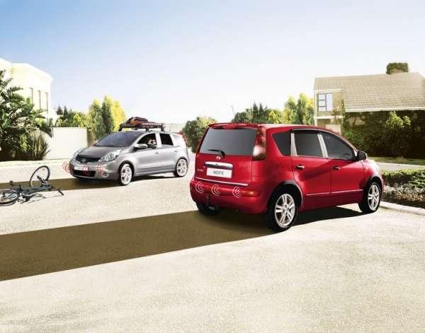 NISSAN Einparkhilfe, vorne, schwarz Nissan Note E11 2008/12-